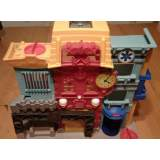 Fisher Price 2013 Imaginext Rescue City Center Gas Fire Station House