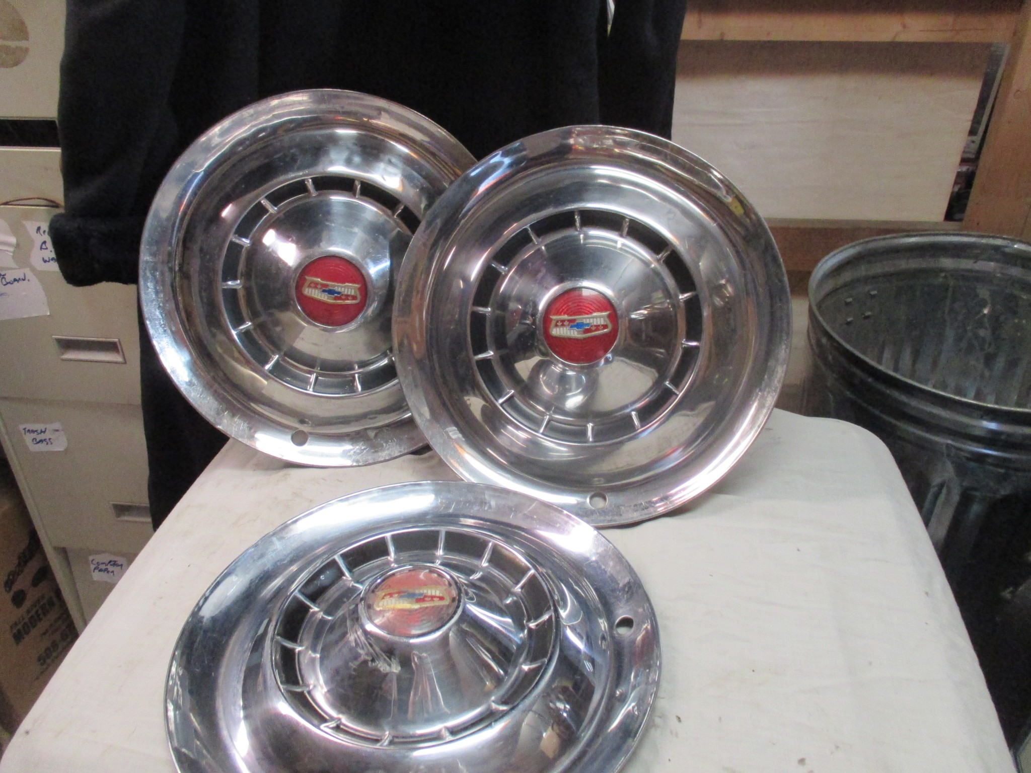 1954 Chevrolet Styleline Bel Air and Deluxe 1500, 2100 and 2400 Series Hubcap Set of 3
