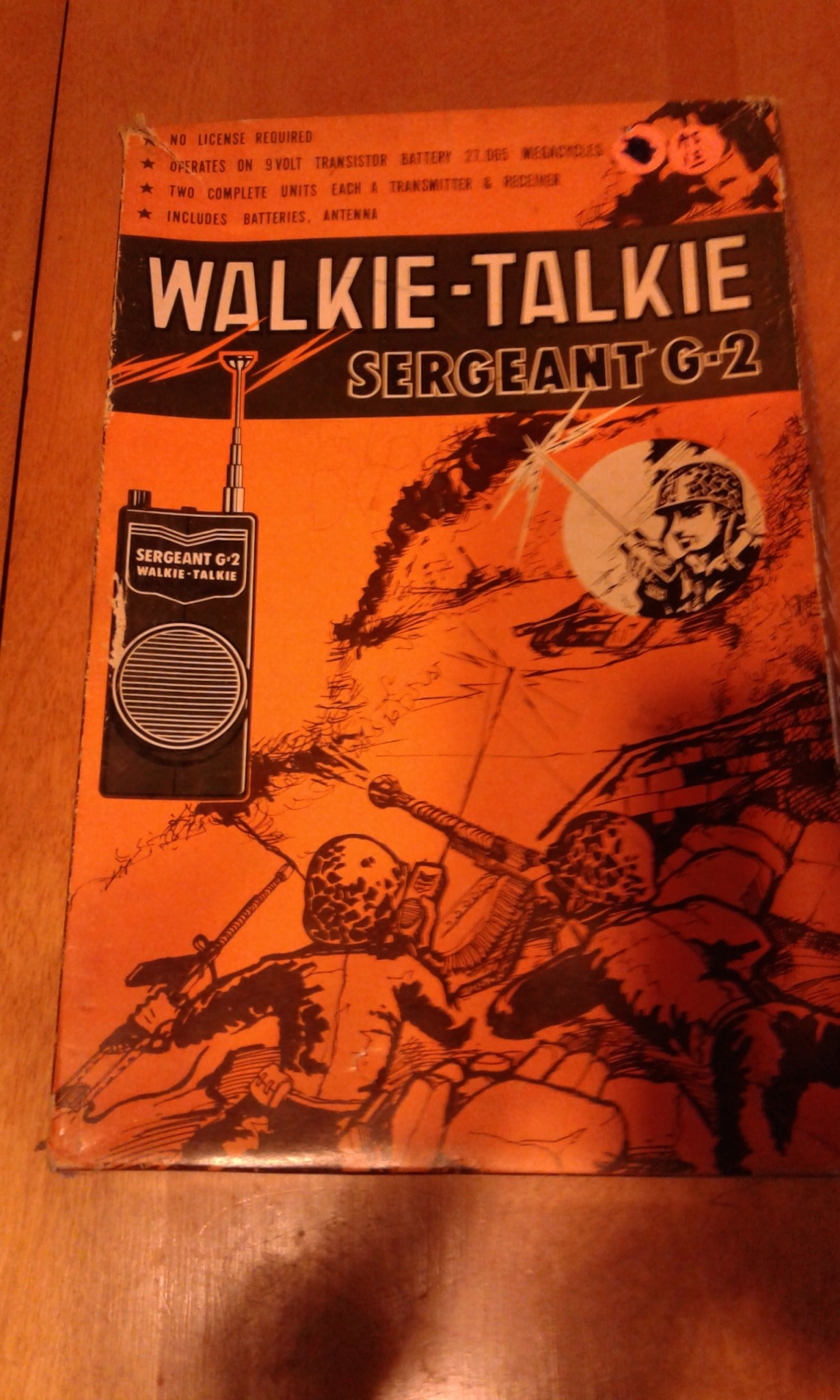 VINTAGE WALKIE TALKIE Set Sergent G-2