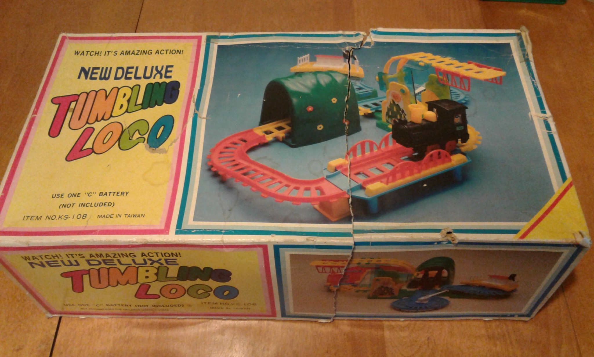 Vintage 1977 Tumbling Loco Train Set-Battery Operated