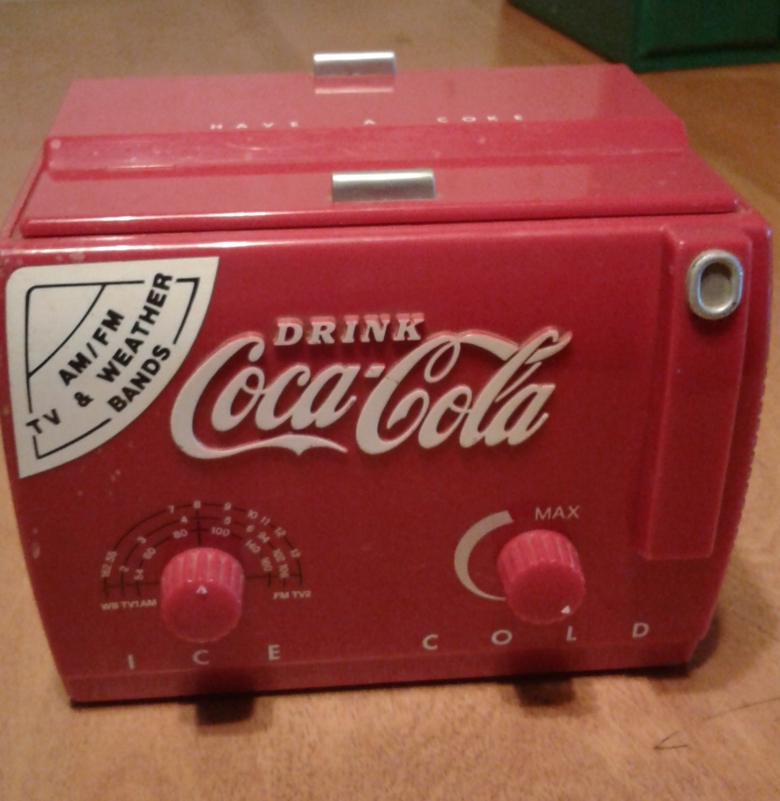 Vintage Coca Cola AM / FM / Weather Radio MC194